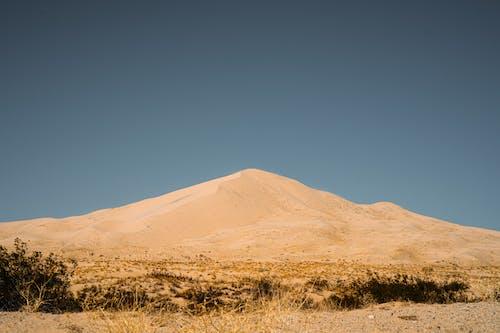 乾的, 天空, 山, 戶外 的 免費圖庫相片