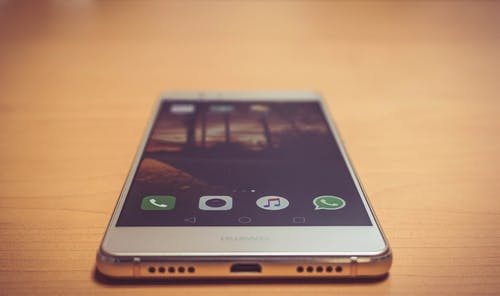 Fotobanka sbezplatnými fotkami na tému mobil, technika, technológie