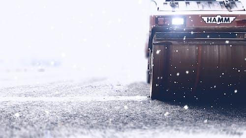 Photos gratuites de asphalte, autoroute, blanc, brouiller