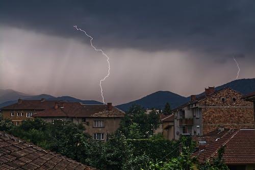 Бесплатное стоковое фото с гроза, молния