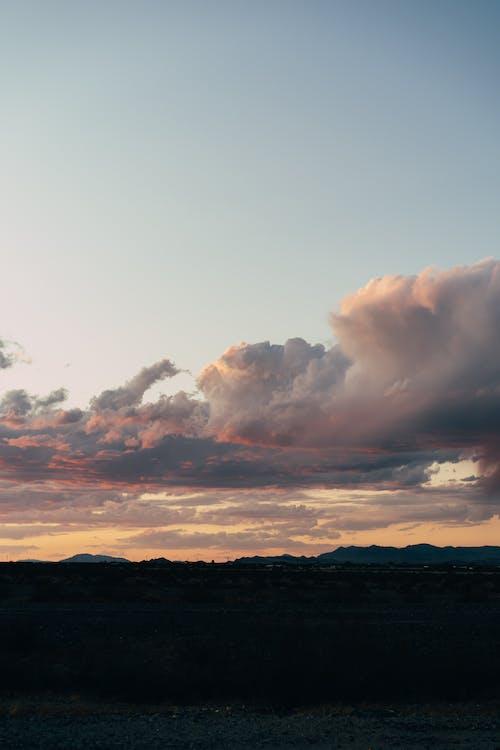 Foto stok gratis awan, bentangan awan, bidang, di luar rumah