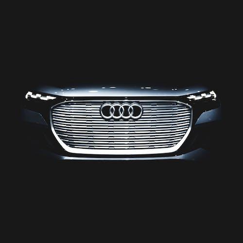 Безкоштовне стокове фото на тему «Audi, audi q4»