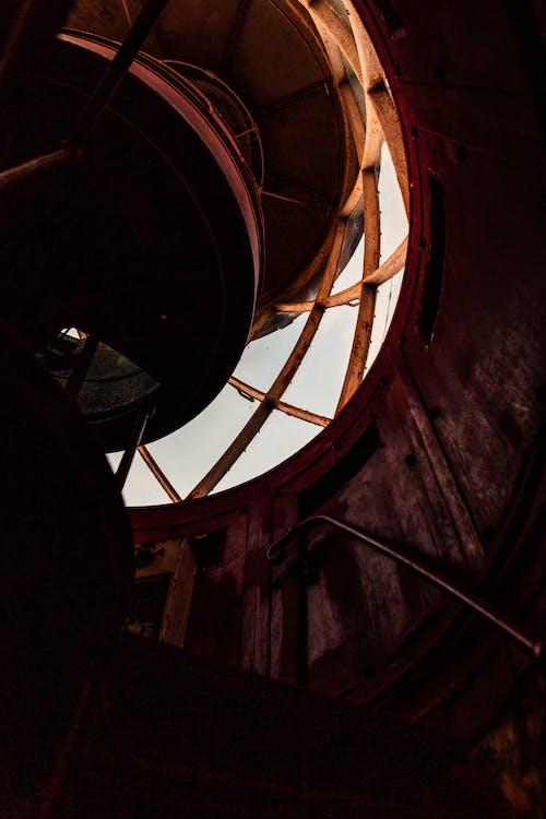 Darmowe zdjęcie z galerii z budynek, kroki, metal, stal