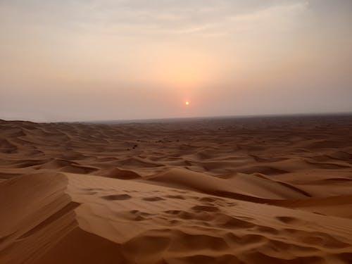 ドバイ, 夕焼け, 太陽, 日没の無料の写真素材