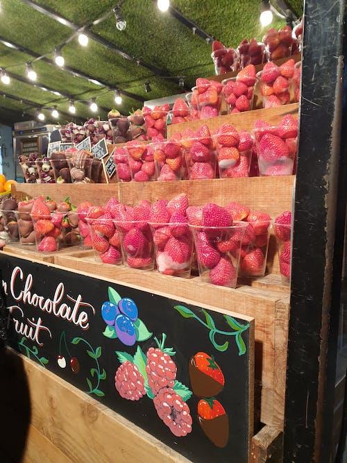 Imagine de stoc gratuită din căpșună, ciocolată, fructe, magazin