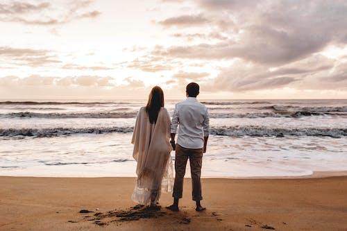 Gratis arkivbilde med bølger, daggry, ferie, fritid