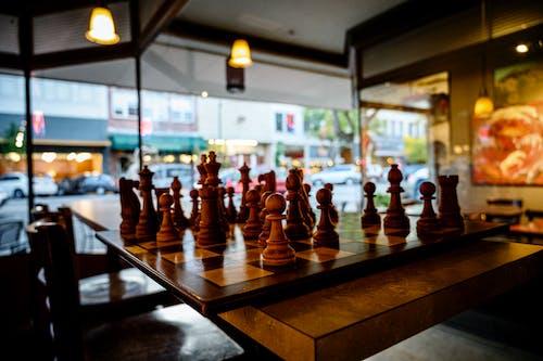Бесплатное стоковое фото с кафе, улица, шахматная доска