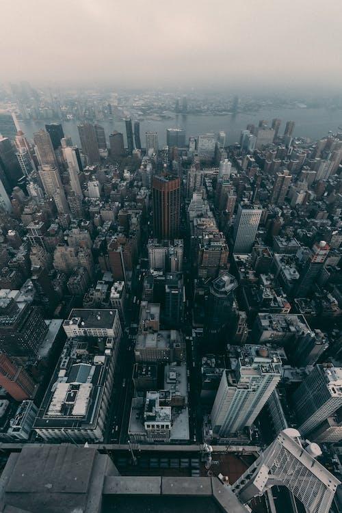 Darmowe zdjęcie z galerii z architektura, budynek, budynki, fotografia lotnicza