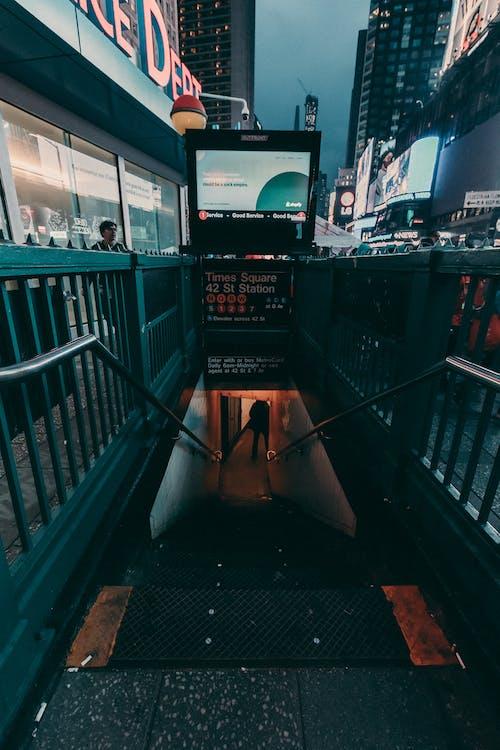 Darmowe zdjęcie z galerii z manhattan, metro, nowy jork, ulica