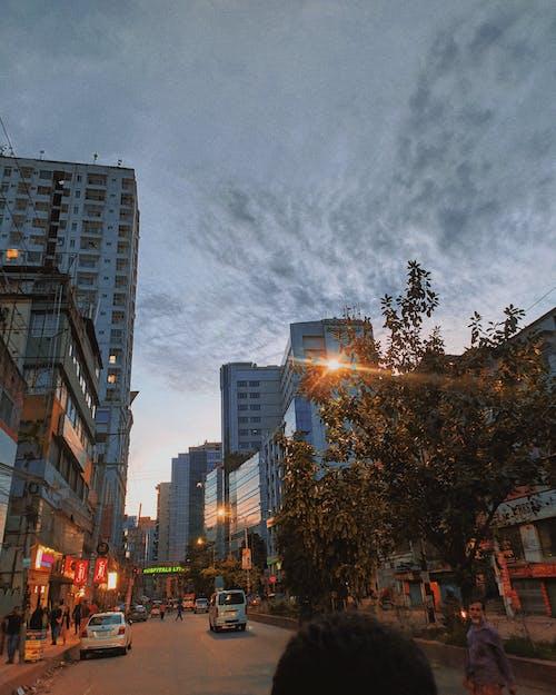 Imagine de stoc gratuită din centrul orașului, cer de seară, panorama orașului, seară