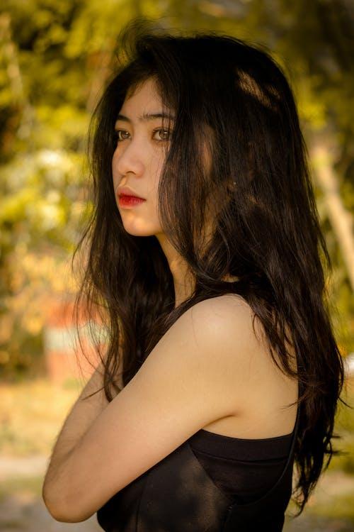 Foto profissional grátis de fotografia de retrato, retrato, retrato feminino, temperamental