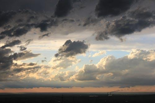 คลังภาพถ่ายฟรี ของ ตอนเย็น, ท้องฟ้าครึ้ม, ท้องฟ้าตอนเย็น, นิเวศวิทยา