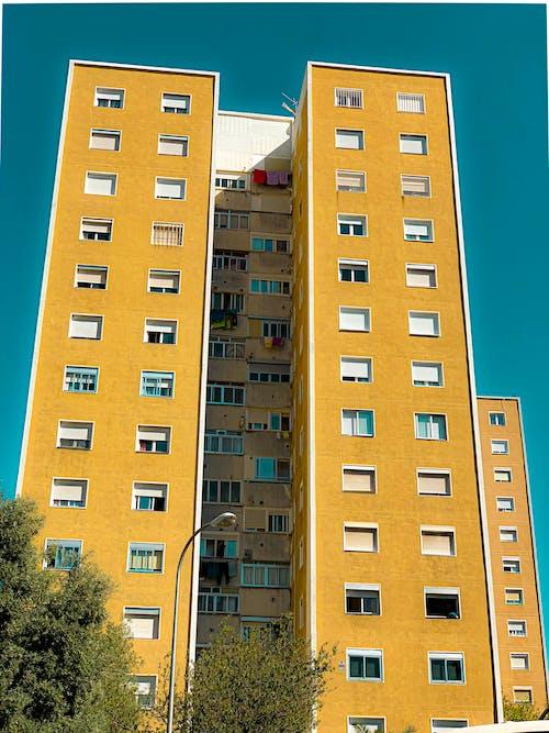 Безкоштовне стокове фото на тему «barrio, laelipa, Будівля, вежа»