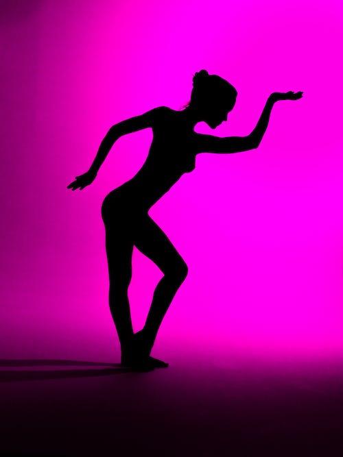 balet, çağdaş, dansçı, gölge içeren Ücretsiz stok fotoğraf
