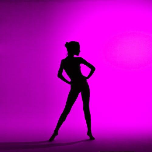 balet, çağdaş dansçı, dansçı, gölge içeren Ücretsiz stok fotoğraf