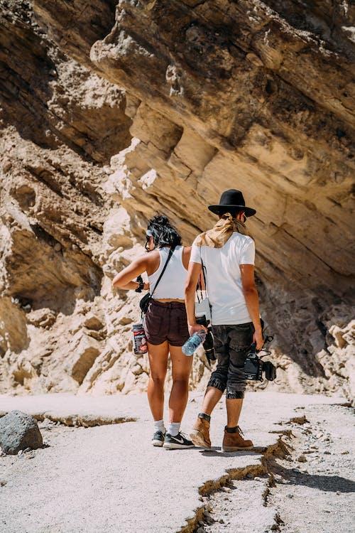 Ilmainen kuvapankkikuva tunnisteilla hauska, ihmiset, kalliokiipeily, kiivetä