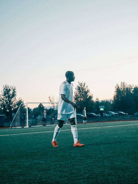 ánh sáng ban ngày, bóng đá, các môn thể thao