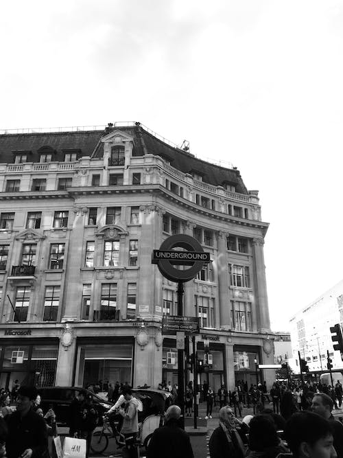 Free stock photo of black and white, building, crowded, london
