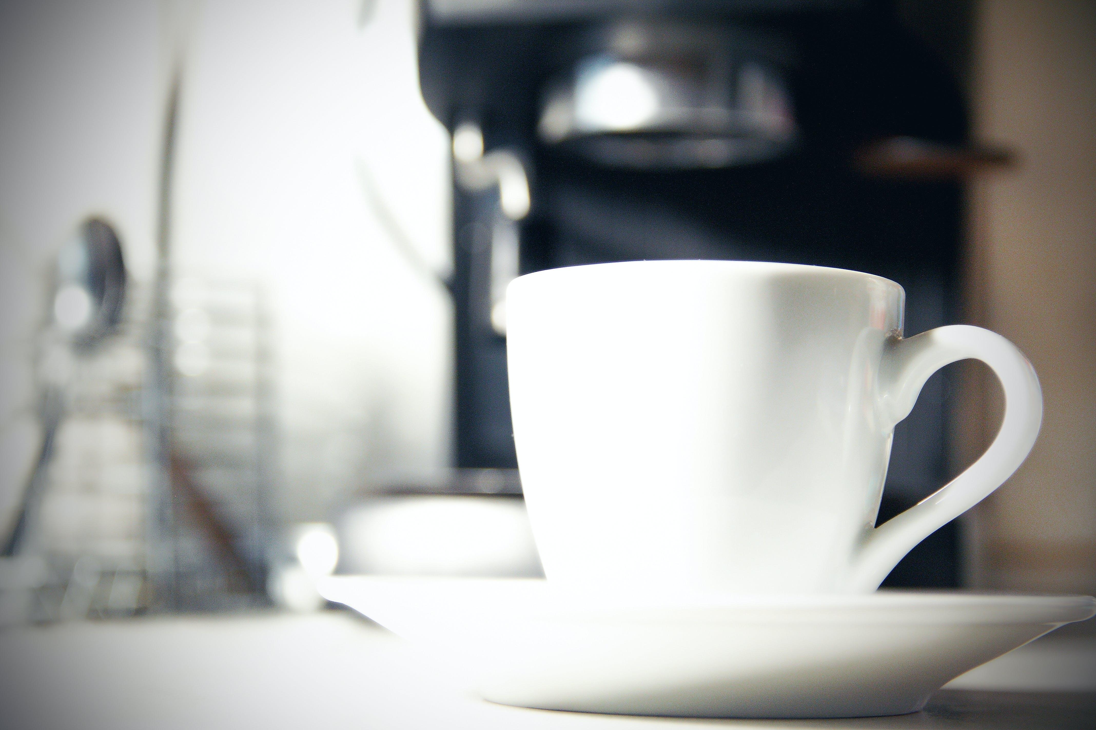 Foto d'estoc gratuïta de cafè, copa, cuina, màquina de cafè