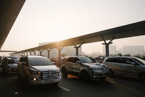Foto profissional grátis de asfalto, automobilísticos, automóveis, cidade