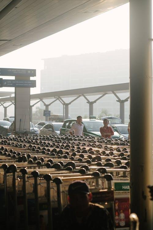 ストリート写真, 人間, 朝, 空港の無料の写真素材