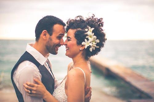 Безкоштовне стокове фото на тему «весілля, єднання, жінка, Закоханий»