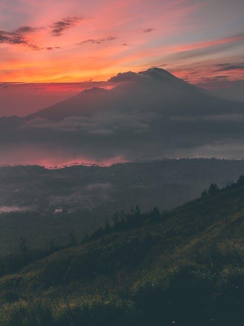 คลังภาพถ่ายฟรี ของ ตะวันลับฟ้า, ท้องฟ้าสีส้ม, ธรรมชาติ, พระอาทิตย์ขึ้น