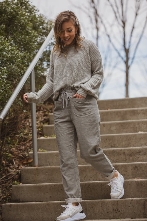 Foto stok gratis fashion, kaum wanita, memakai, model
