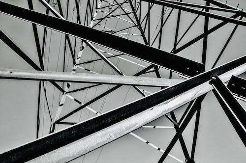 グレースケール, スチールタワー, モノクローム, ローアングルの無料の写真素材