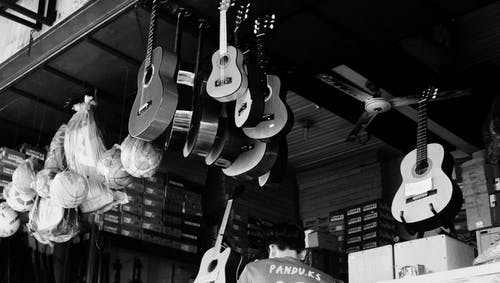原聲吉他, 吉他, 拍賣, 運動 的 免费素材照片