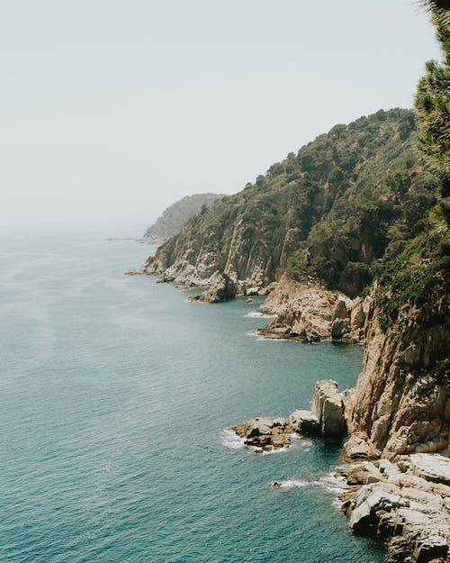 Δωρεάν στοκ φωτογραφιών με γκρεμός, γραφικός, θάλασσα, νησί