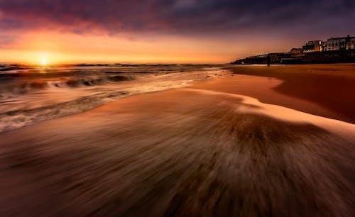 Immagine gratuita di alba, bagnasciuga, crepuscolo, litorale