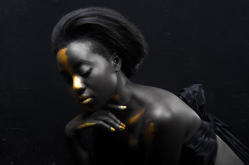 アート, アフリカ系アメリカ人女性, インドア, おしゃれの無料の写真素材