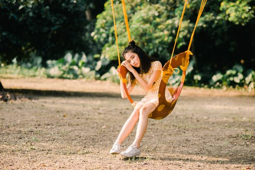 Foto d'estoc gratuïta de balancejar, càmera Nikon, concepte, foto del dia
