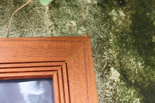 Free stock photo of teak wood frame, teak wood photo frame, wooden frame