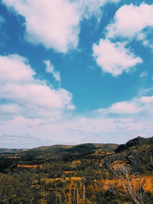 Gratis lagerfoto af afstand, bakke, himmel, horisont