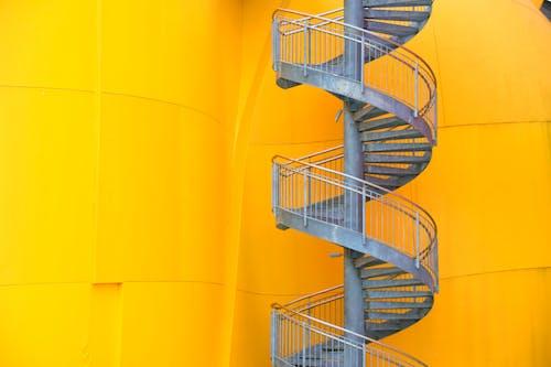 ミニマリズム, 建築, 金属製の階段, 黄色の無料の写真素材