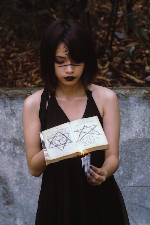 Безкоштовне стокове фото на тему «або зачарую, азіатська дівчина, азіатська жінка, великий план»