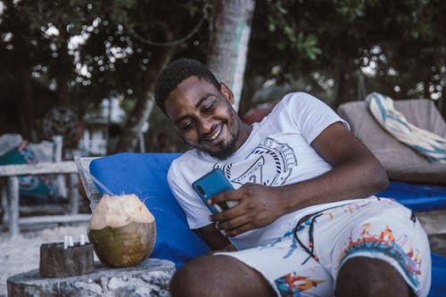 Free stock photo of beach bed, bed, chatting, Facetime