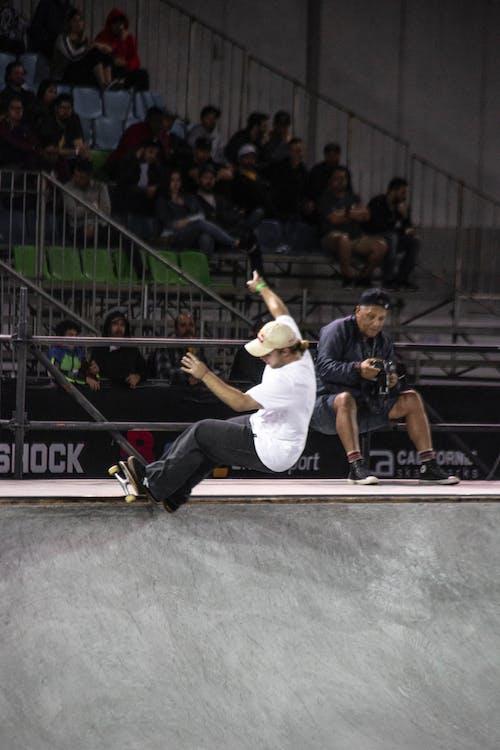 Základová fotografie zdarma na téma kolečkové brusle, lední bruslení, pouliční ligy, skateboard