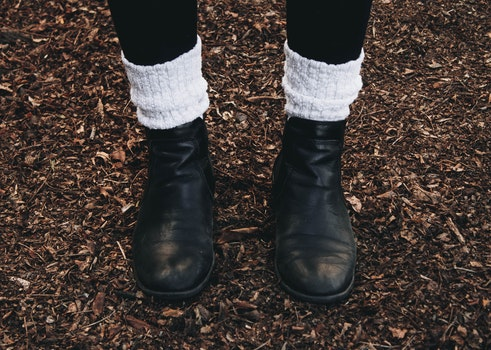 Free stock photo of cold, woman, feet, girl