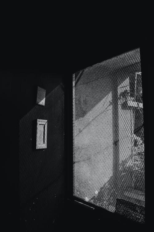 คลังภาพถ่ายฟรี ของ ขาวดำ, จอภาพ, ซิลูเอตต์, ประตู