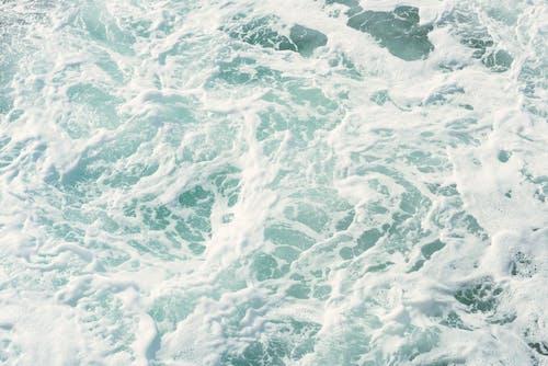 Δωρεάν στοκ φωτογραφιών με h2o, αφρός της θάλασσας, γκρο πλαν, γνέφω