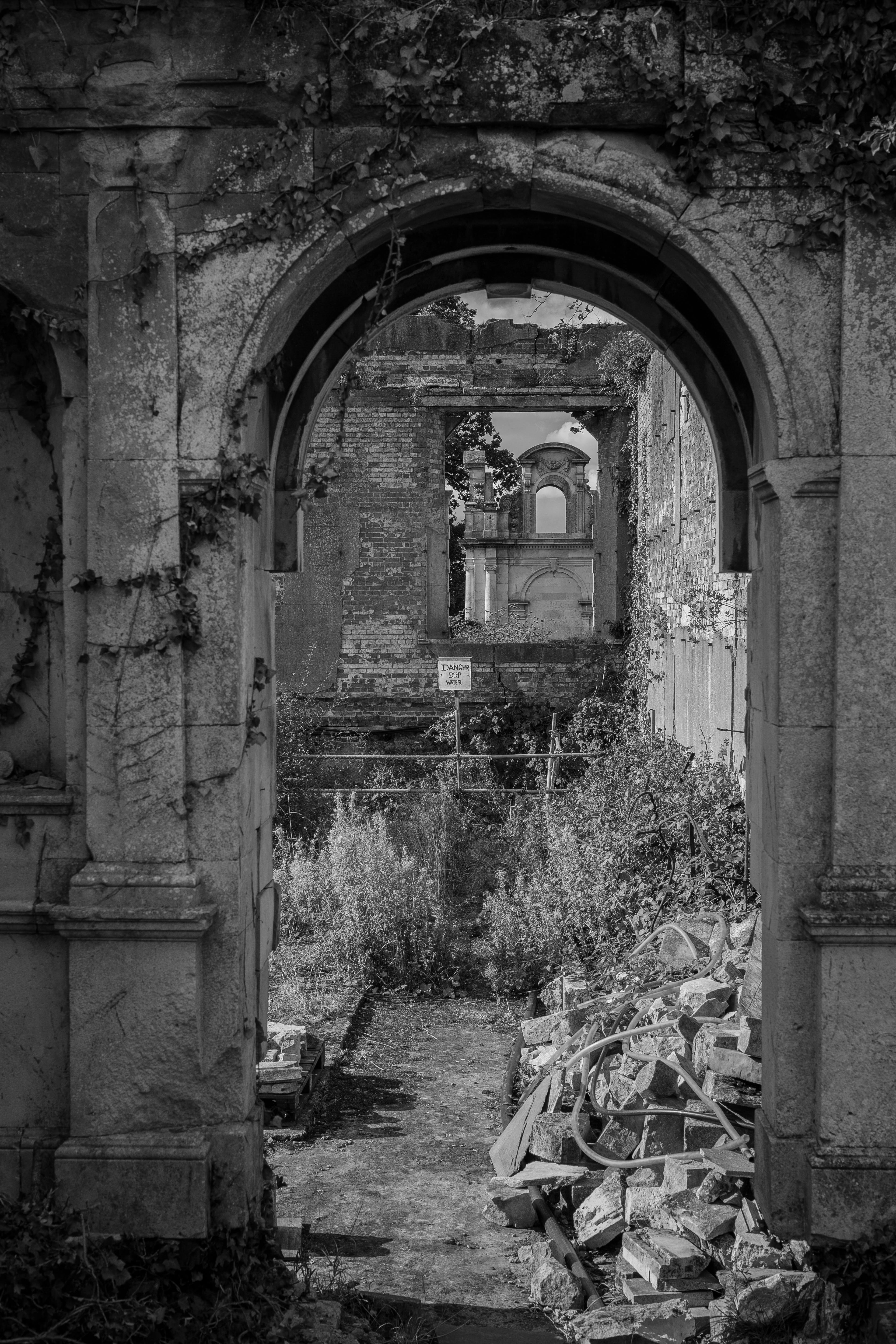 Free stock photo of arch, danger, delapidated, ruins