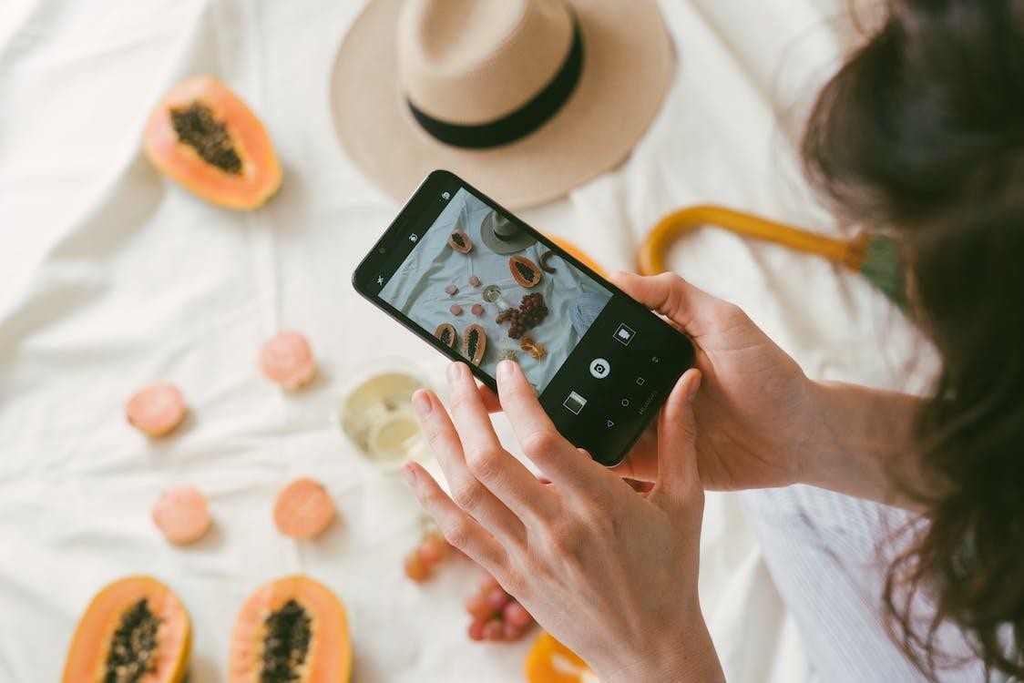 blogger, gadget, smartphone