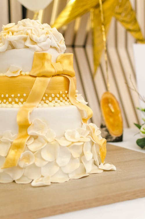 Free stock photo of background, bakery, beautiful, bride