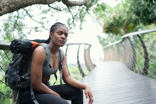 Foto stok gratis atlet, berbayang, berfokus, bergaya