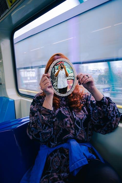 Безкоштовне стокове фото на тему «espelho, віддзеркалення, віконне скло, метро»