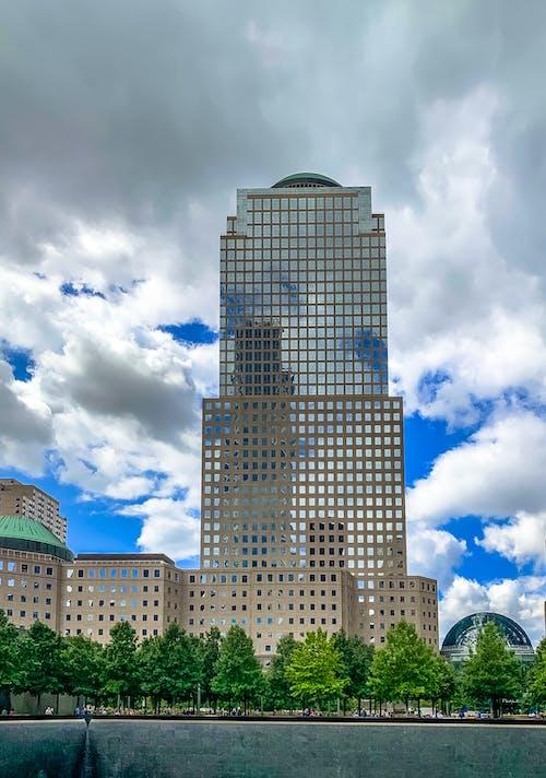 Gratis arkivbilde med boligblokker, new york city, nyc, skyer