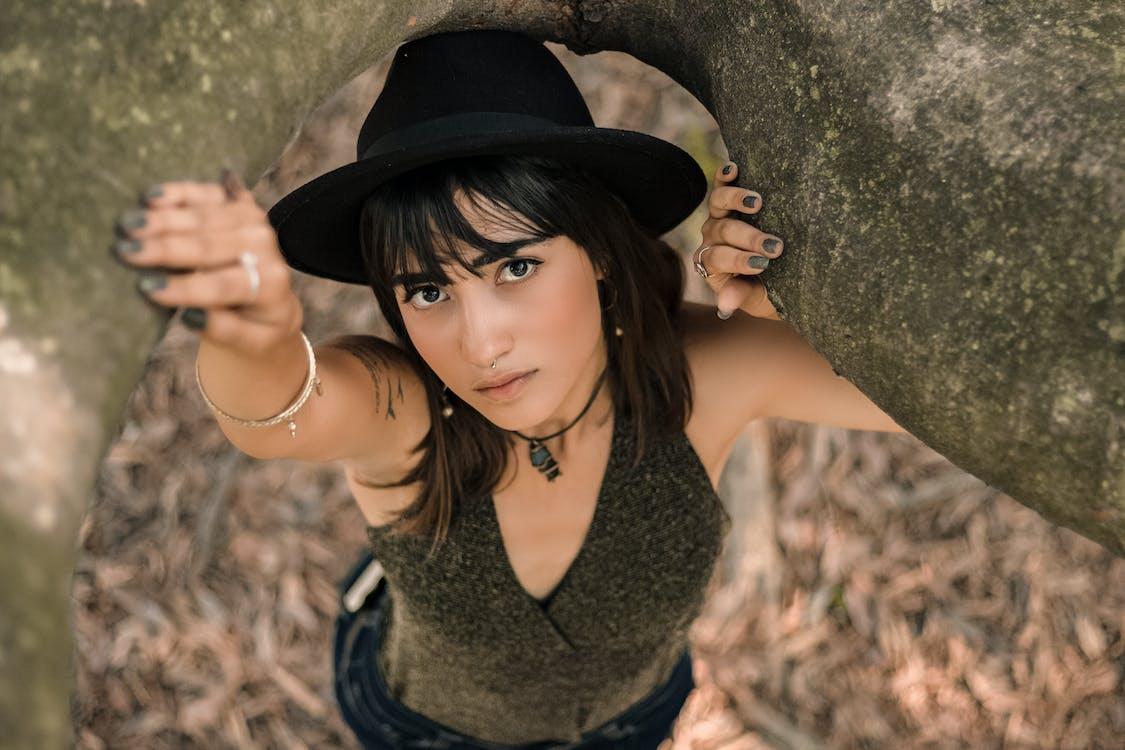 검은 모자, 보고 있는, 사진 촬영